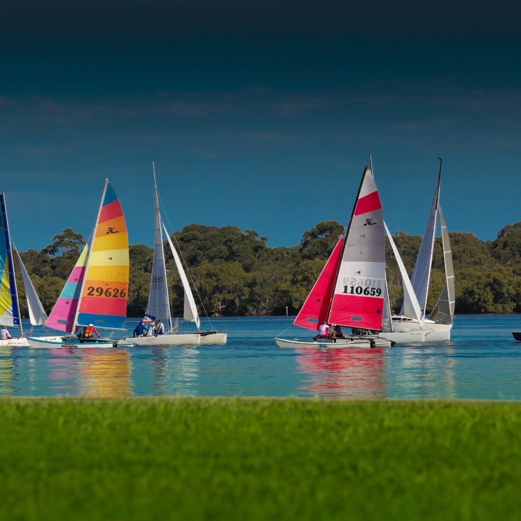 Boats_on_the_Ricmond_River_at_Ballina